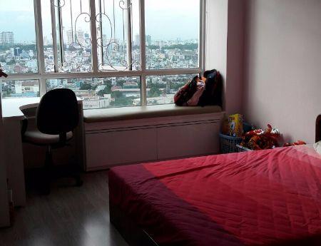 Cần cho thuê gấp căn hộ Giai Việt, Dt147m2, 3 phòng ngủ, 15tr/th, trang bị nội thất