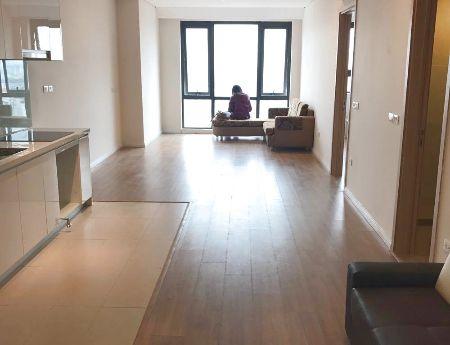 Cho thuê căn hộ 2PN Không đồ giá rẻ, view sông, phong cách sống hiện đại giữa lòng Hà Nội